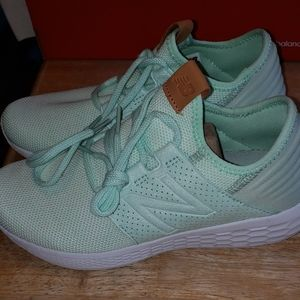 New balance mint running shoes